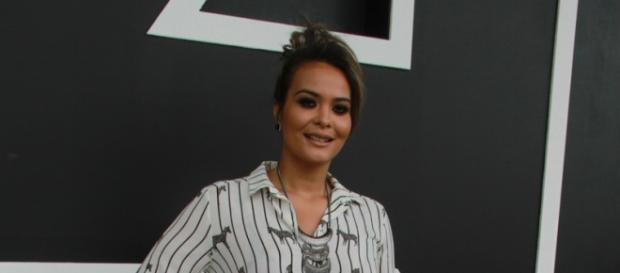 Comportada: Geisy Arruda aposta em novo look