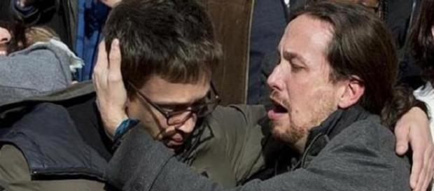 Pablo Iglesias llorando desconsoladamente