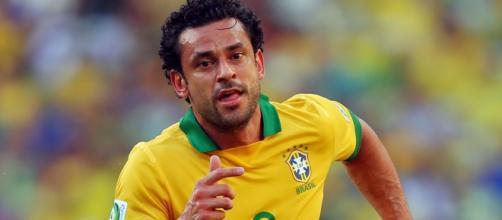 Fred em ação com a camisa da seleção brasileira