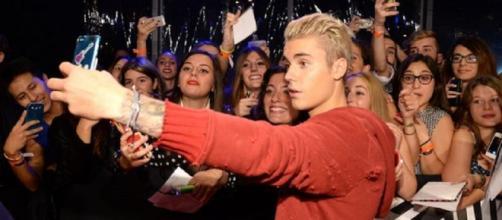 Justin Bieber dejará de hacerse fotos con sus fans