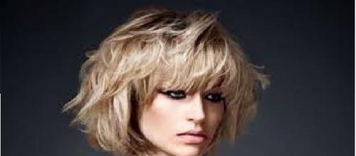 Moda capelli frangia estate 2016