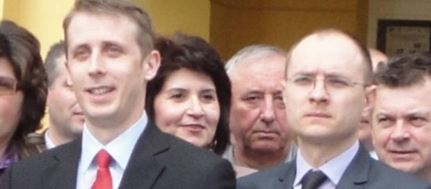 Cosmin Andrei este acuzat că are treabă cu etnobotanicele