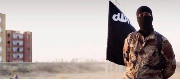 Fermati a Bari due uomini presunti appartenenti a cellula jihadista