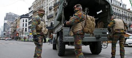 Bruxelles: 60 militari sotto osservazione