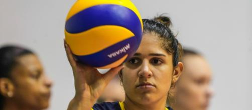 Meninas do vôlei brasileiro treinam para os Jogos Olímpicos