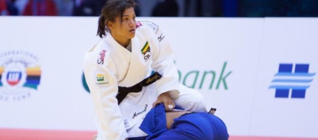 Sarah Menezes segue em busca do bicampeonato olímpico.