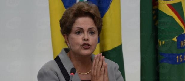 Ser mulher pode ter influenciado processo de Dilma