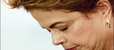 Com a abertura de impeachment, Dilma será afastada por até 180 dias