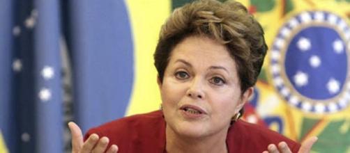Dilma Roussef, suspendida en Brasil