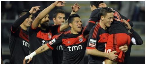 Enzo Perez poderá regressar no Benfica