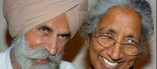 Mujer india de más de 70 años da a luz a su primer hijo