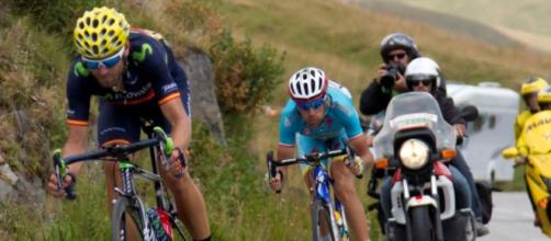 Vincenzo Nibali insegue Valverde: a Benevento lo spagnolo gli ha rosicchiato 4 secondi in classifica
