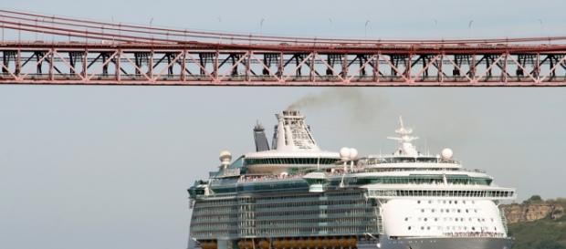 Ces immeubles flottants sans charme...