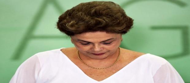 Dilma Rousseff é afastada pelo Senado
