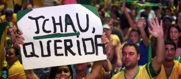 Foto: Fábio Motta/AE - Brasileiros foram às ruas várias vezes pedir o impeachment