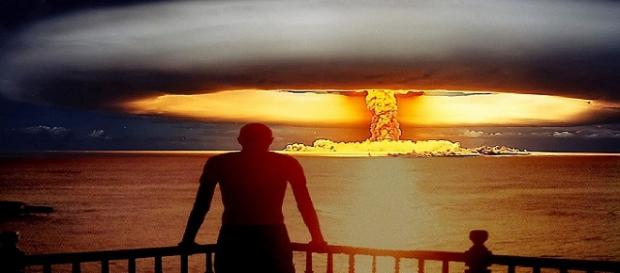 Nuclear mushroom, photo: _Gavroche_, flickr.com, CC0 2.0