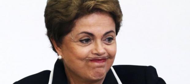 Senado aprova impeachment contra Dilma