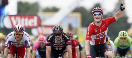 André Greipel se anotó el segundo triunfo en el Giro de Italia 2016
