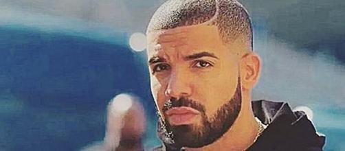 Drake's beard is gone / Photo via Instagram