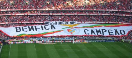 O Benfica vai tentar conquistar frente ao Nacional o seu 35.º título de campeão