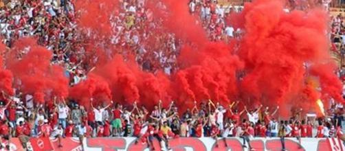 Vila Nova recebe o Bragantino no Serra Dourada
