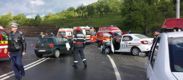 Accidente cu poliţişti în vinerea cu ghinion