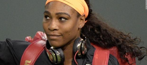 Serena a mâncat din mâncarea cățelușului său