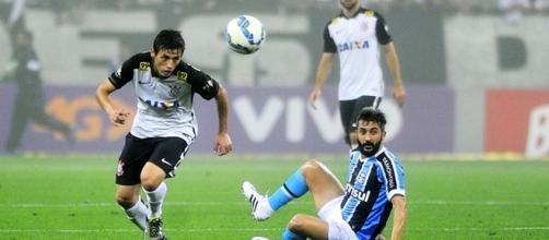 Corinthians e Grêmio pela Série A do ano passado