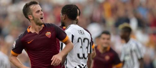 Miralem Pjanic con la maglia della Roma