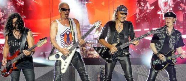 A banda de hard rock vai apresentar as músicas do seu álbum mais recente e relembrar vários clássicos