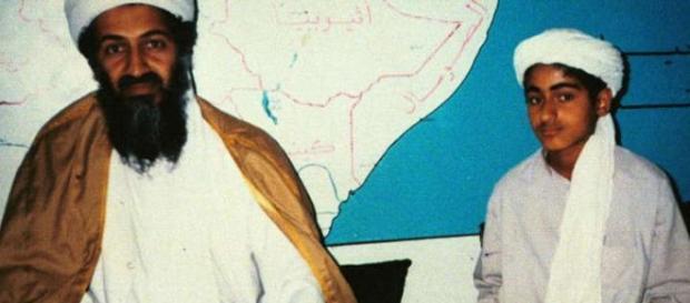 Osama Bin Laden e il figlio Hamza