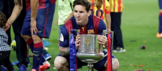 Leo Messi celebrando la victoria en la Copa del Rey 2014/2015