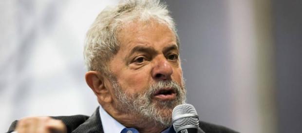 Lula tomará a frente e encabeçará oposição a governo Temer