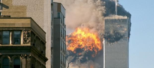 Desabamento do World Trade Center é motivo de teorias conspiratórias