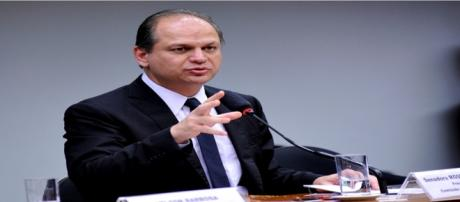O ministro interino da Saúde, Ricardo Barros