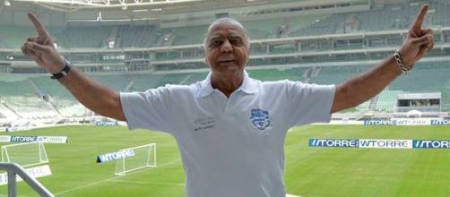"""""""Temos a arena mais linda do mundo. É tudo Palmeiras"""", disse o ex-atacante (Foto: Reprodução/Facebook)"""