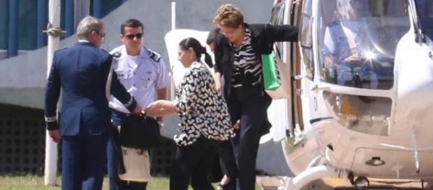 Dilma Rousseff anda de helicóptero