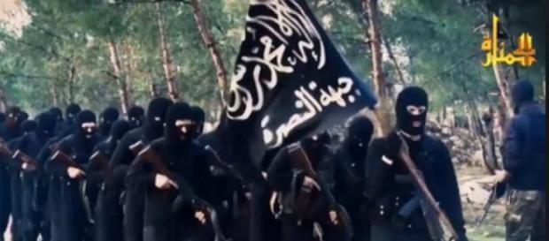 """Guerriglieri di Al Nusra, la """"sezione"""" siriana di Al Qaeda"""