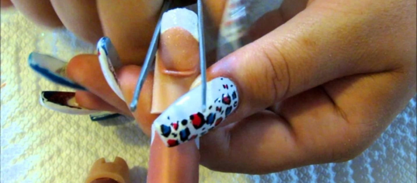 Acrylic Nails trend opinion and are they really worth it?