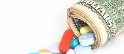 Sono in arrivo numerosi nuovi farmaci, molto costosi. I SSN pensano di adottare criteri di rimborsabilità solo a fronte di una efficacia documentata.
