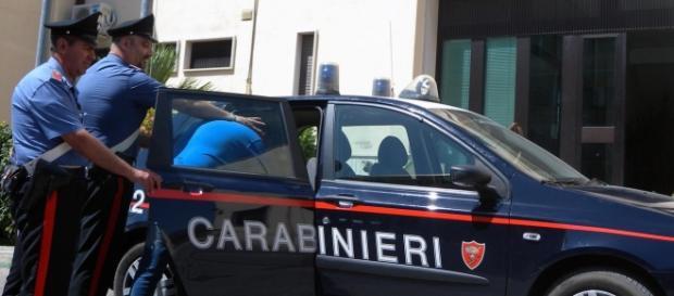 Roma, arrestate cinque persone per furto aggravato tra Ostia ed Acilia
