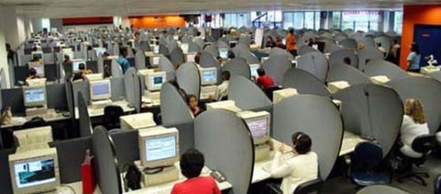 São mais de 1.400 vagas abertas na Atento, atualmente, disponíveis em diversos estados.