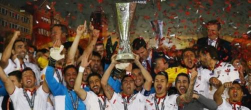 El Sevilla se proclamó tricampeón de la Europa League en Basilea