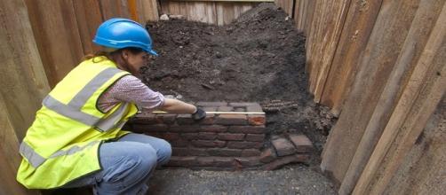 Escavações arqueológicas no Teatro Curtain