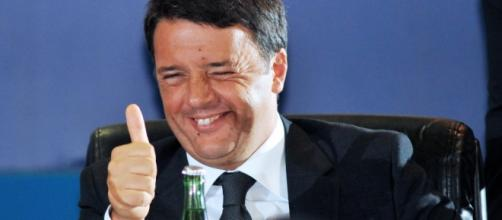 Renzi apre i comitati per il sì alla riforma costituzionale.