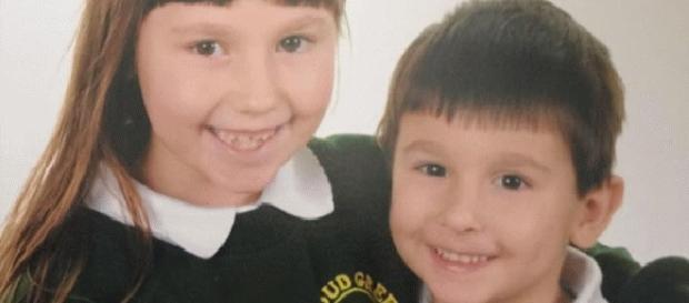 Cei doi copii luați de autoritățile din Marea Britanie