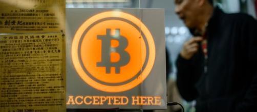 Il vero creatore della moneta digitale bitcoin esce allo scoperto.