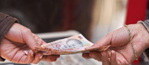 România are printre cele mai mici salarii din UE