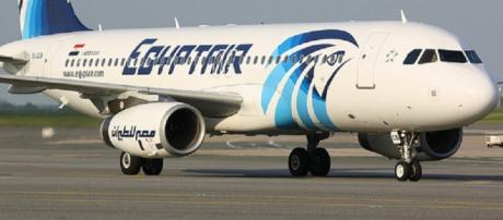L'Airbus A320 della compagnia aerea Egyptair