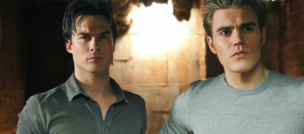 The Vampire Diaries: Damon e Stefan Salvatore